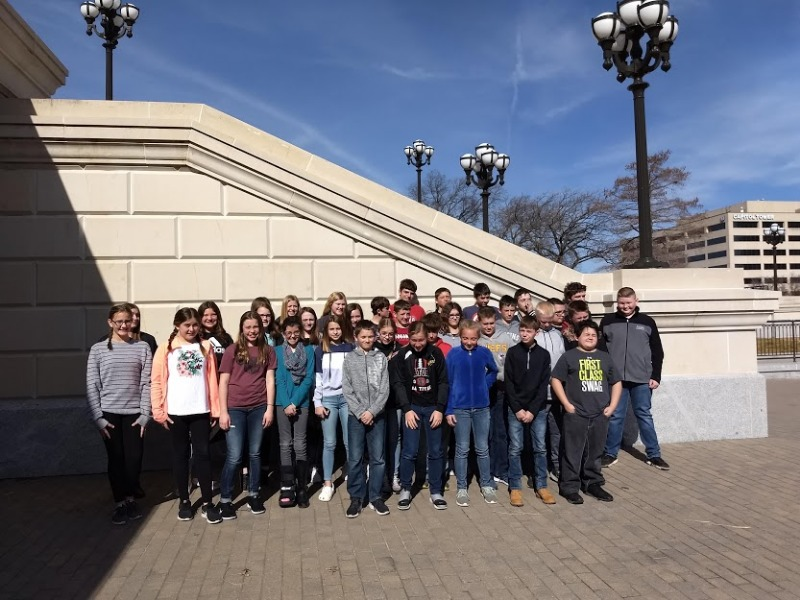 Attica USD 511 - Middle School Students Visit State Capital
